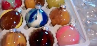 Acrylic Paint Glass Bulb Ornament – Cheap and Easy Craft Project That Even Kids Can Do It