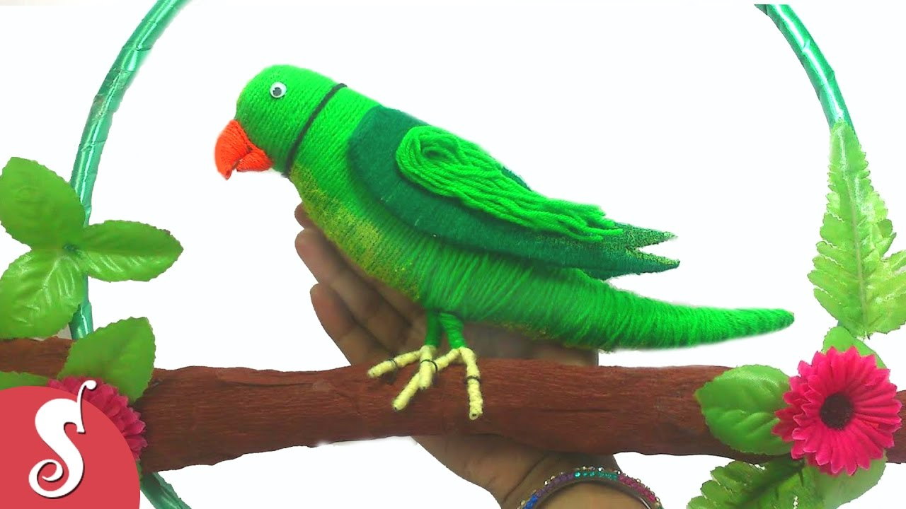 Diy woolen parrot wall hanging for home decoration for Decoration 4 christmas