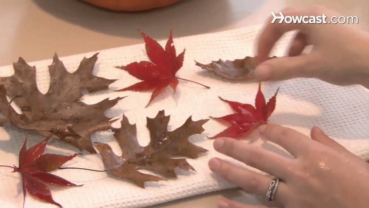 How to make house decorations from autumn leaves for Decoration 4 christmas