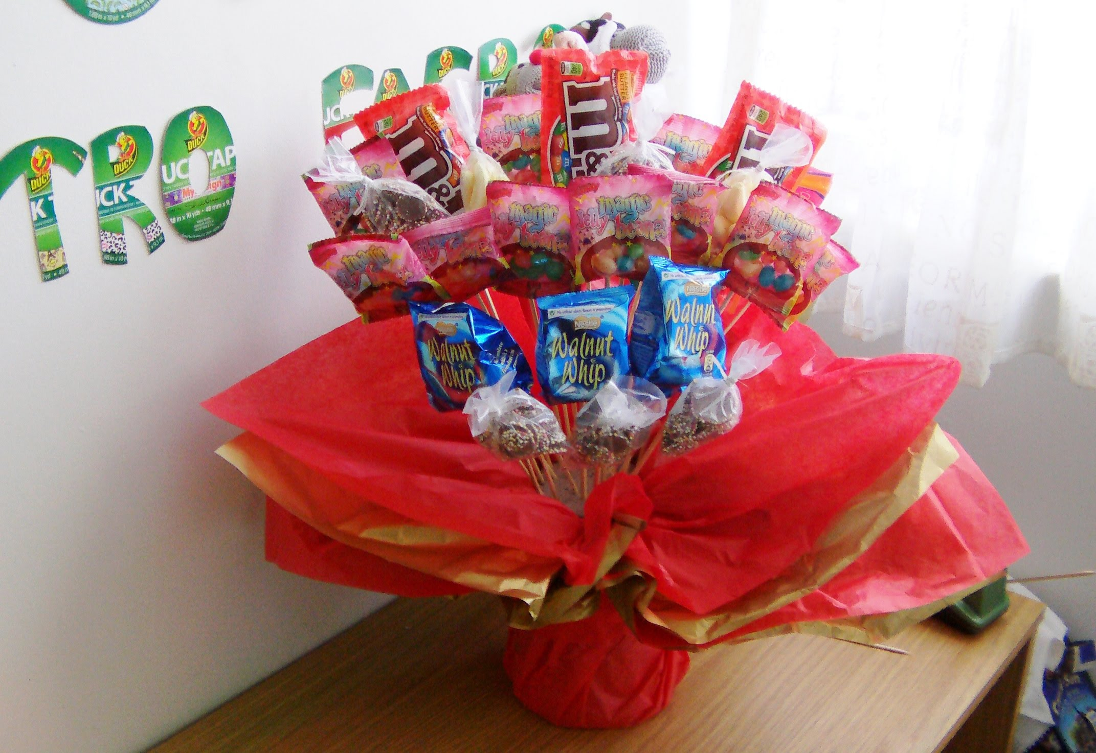 DOLLAR TREE BABY SHOWER CANDY AND SWEET TABLE